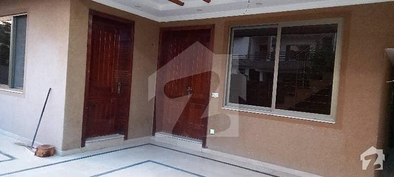 جی ۔ 15 اسلام آباد میں 6 کمروں کا 12 مرلہ مکان 95 ہزار میں کرایہ پر دستیاب ہے۔