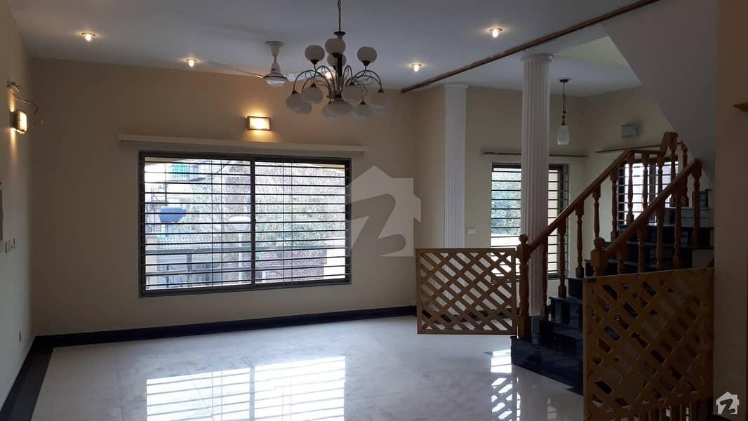 Mountain Village Naran Luxurious Villa For Sale