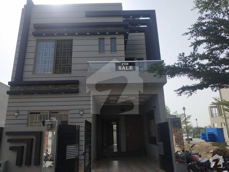 5 Marla Brand New Luxury House In M7 B