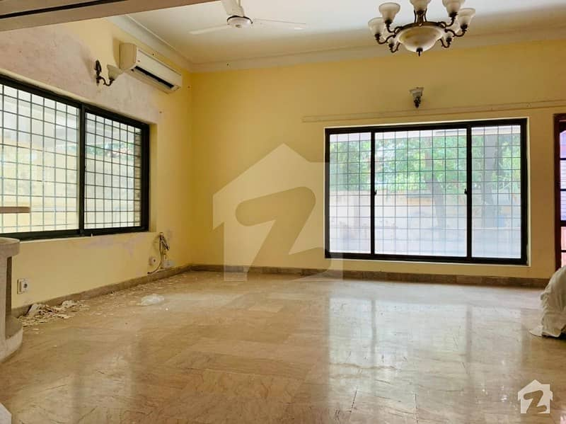 A Single Storey House Available For Rent In F-7 Islamabad