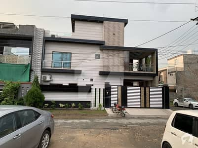 10 Marla Corner  Designers Home For Sale