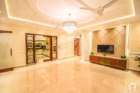 ڈیفینس روڈ لاہور میں 3 کمروں کا 5 مرلہ مکان 55 ہزار میں کرایہ پر دستیاب ہے۔