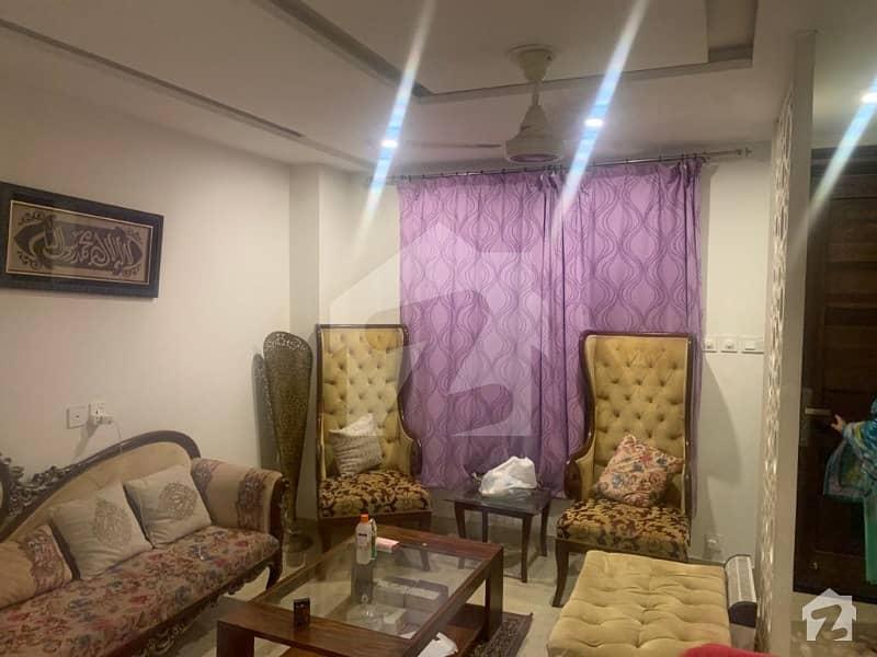ائیر ایوینیو ۔ بلاک کیو ڈی ایچ اے فیز 8 سابقہ ایئر ایوینیو ڈی ایچ اے فیز 8 ڈی ایچ اے ڈیفینس لاہور میں 2 کمروں کا 5 مرلہ فلیٹ 1.3 کروڑ میں برائے فروخت۔