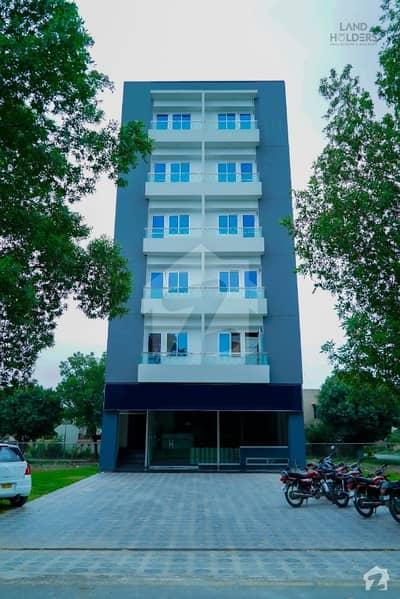 بحریہ ٹاؤن اقبال بلاک بحریہ ٹاؤن سیکٹر ای بحریہ ٹاؤن لاہور میں 2 کمروں کا 3 مرلہ فلیٹ 75 لاکھ میں برائے فروخت۔