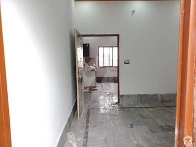 نواب ٹاؤن لاہور میں 2 کمروں کا 5 مرلہ مکان 28 ہزار میں کرایہ پر دستیاب ہے۔