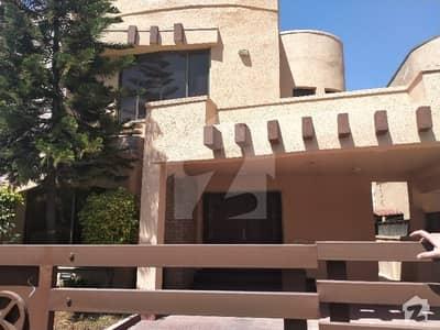 بحریہ ٹاؤن ۔ سفاری ولاز 2 بحریہ ٹاؤن راولپنڈی راولپنڈی میں 3 کمروں کا 10 مرلہ مکان 2.95 کروڑ میں برائے فروخت۔