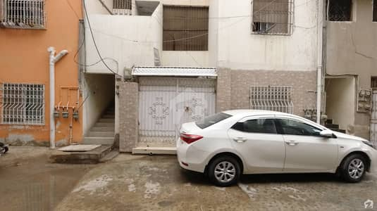 ڈیفینس ویو فیز 1 ڈیفینس ویو سوسائٹی کراچی میں 2 کمروں کا 5 مرلہ فلیٹ 75 لاکھ میں برائے فروخت۔
