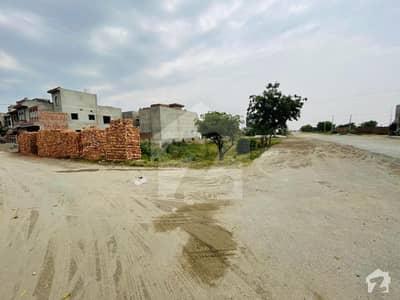 ایچ بی ایف سی ہاؤسنگ سوسائٹی ۔ بلاک بی ایچ بی ایف سی ہاؤسنگ سوسائٹی لاہور میں 1 کنال رہائشی پلاٹ 3.1 کروڑ میں برائے فروخت۔