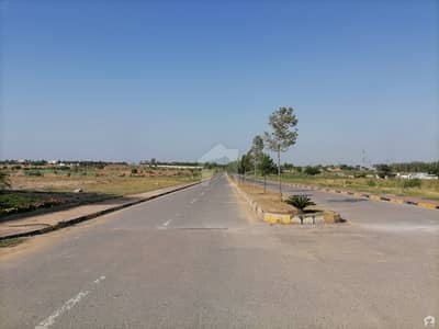 140 Sq Yard Commercial Plot For Sale In Mumtaz City Chenab Block