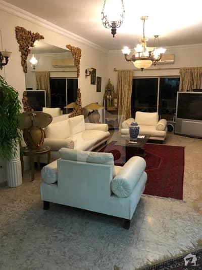 ڈپلومیٹک انکلیو اسلام آباد میں 2 کمروں کا 8 مرلہ فلیٹ 3.5 کروڑ میں برائے فروخت۔