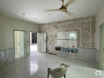Flat for Sale Ideal location Ali arcade Samanabad