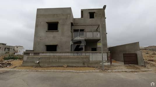 نیا ناظم آباد ۔ بلاک ڈی نیا ناظم آباد کراچی میں 5 کمروں کا 10 مرلہ مکان 2.4 کروڑ میں برائے فروخت۔
