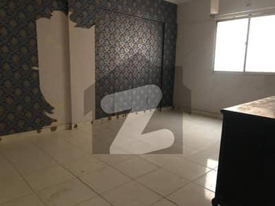 توحید کمرشل ایریا ڈی ایچ اے فیز 5 ڈی ایچ اے کراچی میں 2 کمروں کا 4 مرلہ فلیٹ 35 ہزار میں کرایہ پر دستیاب ہے۔