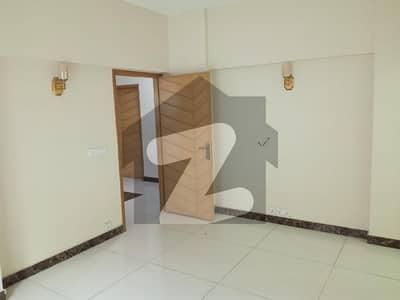 گرومندرچورنگی کراچی میں 3 کمروں کا 6 مرلہ فلیٹ 1.37 کروڑ میں برائے فروخت۔
