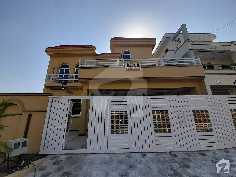 19 Marla Brand New House For Sale In CBR Town