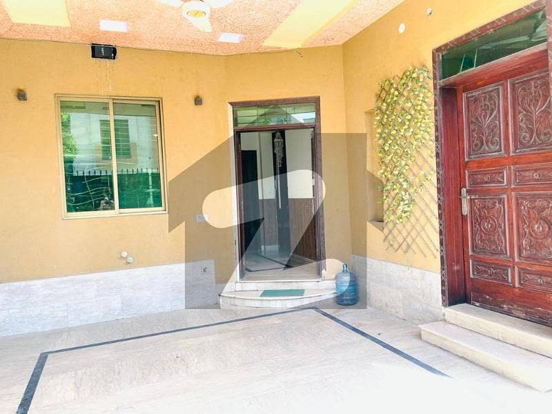 Triple Storey House For Sale In Pia  Block C