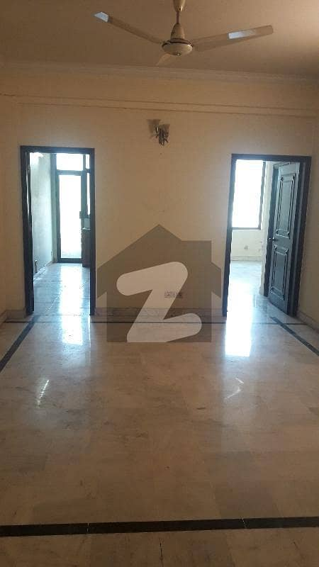 3 Bed Margalla View Flat For Rent In F-11