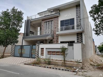 Unoccupied House Of 10 Marla Is Available For Rent In