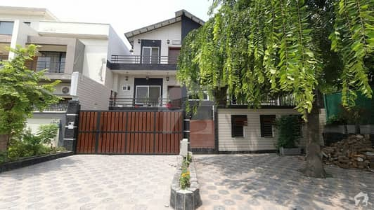 Renovated 7 Bed   House With Extra Land