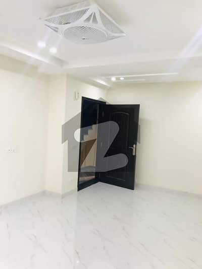 1 Bed Room Apartment Non Furnished For Sale