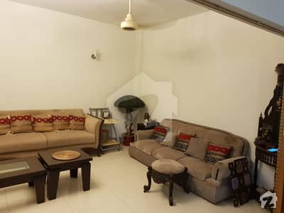Beautiful, Well Maintained 3 Bed Apartment