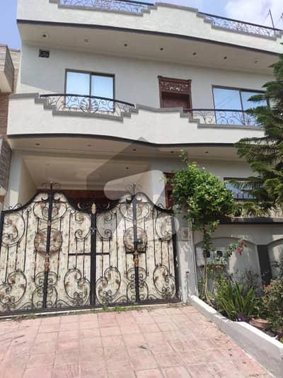 جی ۔ 15/1 جی ۔ 15 اسلام آباد میں 5 کمروں کا 8 مرلہ مکان 72 ہزار میں کرایہ پر دستیاب ہے۔