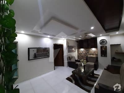 Flat Available On Daily Basis For Familes And Couples