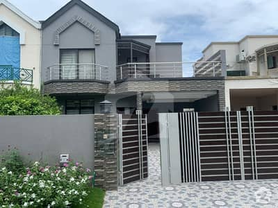10 Marla New Construction House For Sale