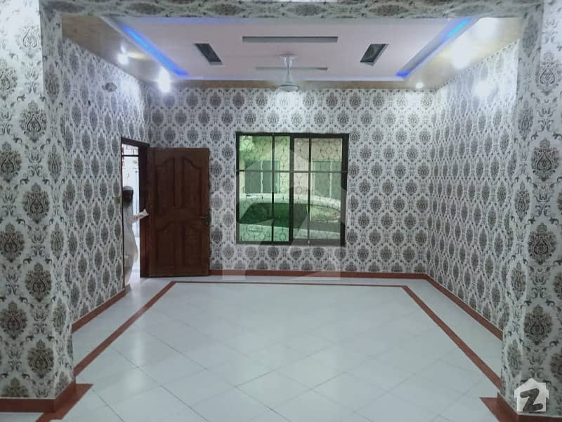4 Beds Attached Bath House