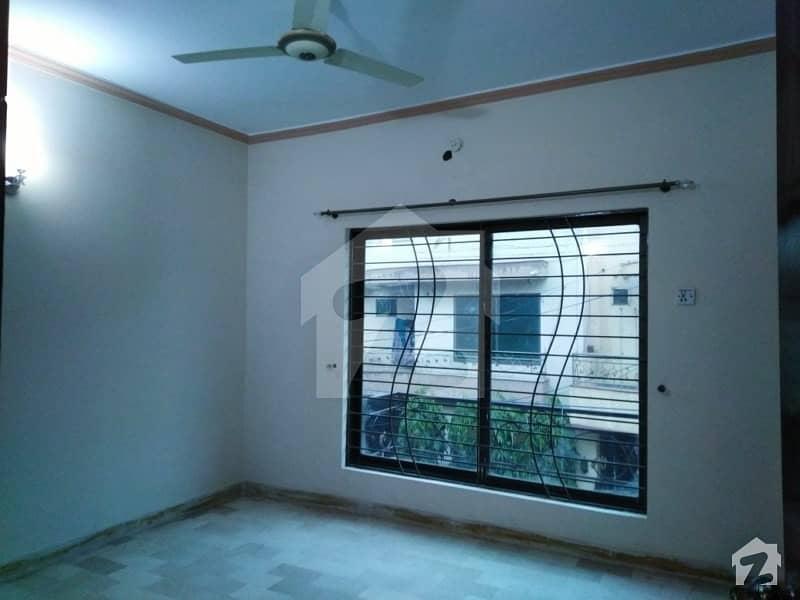 عامر ٹاؤن ہربنس پورہ لاہور میں 3 کمروں کا 2 مرلہ مکان 55 لاکھ میں برائے فروخت۔