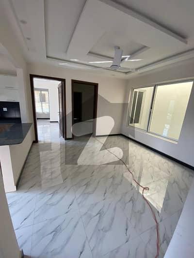 ای ۔ 11/1 ای ۔ 11 اسلام آباد میں 5 کمروں کا 8 مرلہ مکان 3.5 کروڑ میں برائے فروخت۔