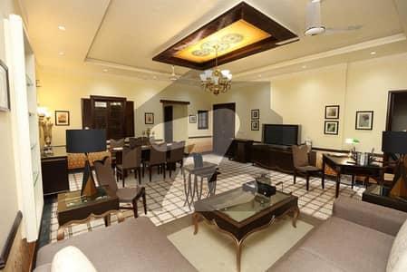 ائیر ایوینیو ۔ بلاک ایل ڈی ایچ اے فیز 8 سابقہ ایئر ایوینیو ڈی ایچ اے فیز 8 ڈی ایچ اے ڈیفینس لاہور میں 3 کمروں کا 8 مرلہ فلیٹ 1.6 لاکھ میں کرایہ پر دستیاب ہے۔