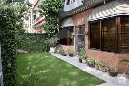 12 Marla Double Storey House For Sale In I-8/3