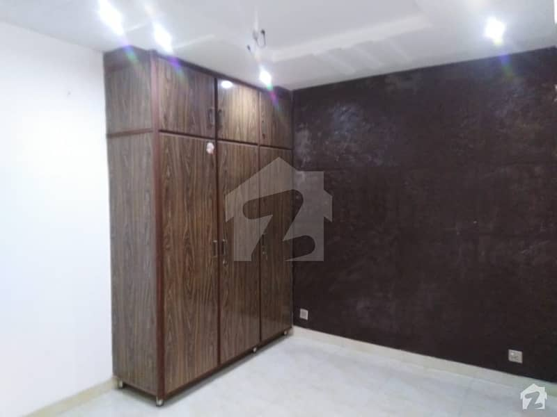 1 Kanal House For Sale Available In
