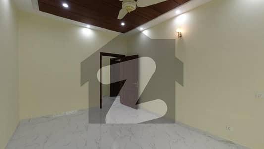 Buy A House Of 1 Kanal In Izmir Town - Block M
