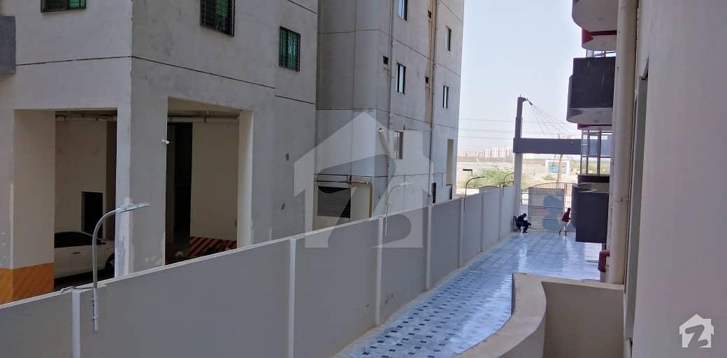 لطیف ڈوپلیکس لکسوریا سکیم 33 - سیکٹر 35-اے سکیم 33 کراچی میں 4 کمروں کا 12 مرلہ فلیٹ 1.9 کروڑ میں برائے فروخت۔