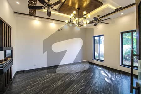 10 Marla Penthouses Available For Rent
