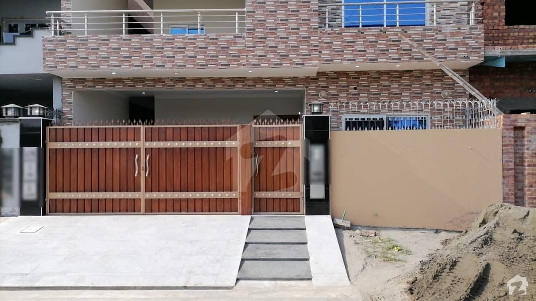 10 Marla Double Storey House For Rent in LDA Avenue 1 Block J