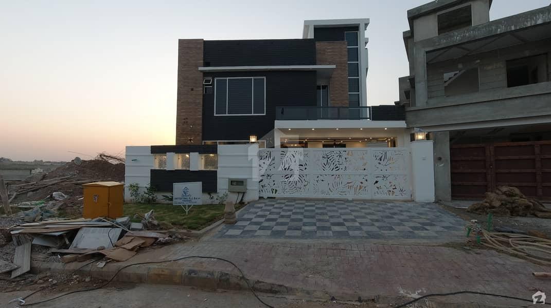 بحریہ گرینز۔ اوورسیز انکلیو - سیکٹر 3 بحریہ گرینز۔ اوورسیز انکلیو بحریہ ٹاؤن فیز 8 بحریہ ٹاؤن راولپنڈی راولپنڈی میں 5 کمروں کا 16 مرلہ مکان 4.9 کروڑ میں برائے فروخت۔