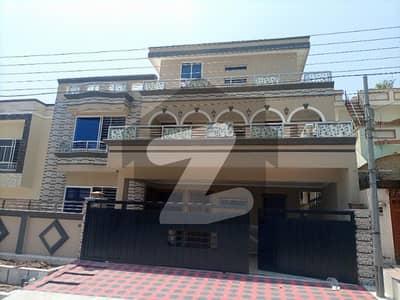 سوان گارڈن ۔ بلاک ڈی سوان گارڈن اسلام آباد میں 8 کمروں کا 16 مرلہ مکان 3.65 کروڑ میں برائے فروخت۔
