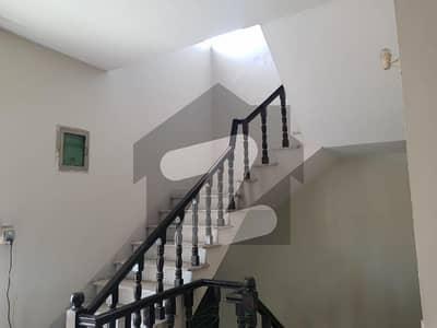 Beautiful Built House 12  Marla For Sale In Gulreaz