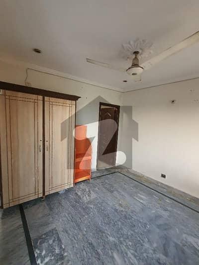 پاک عرب ہاؤسنگ سوسائٹی لاہور میں 1 کمرے کا 2 مرلہ فلیٹ 13 ہزار میں کرایہ پر دستیاب ہے۔