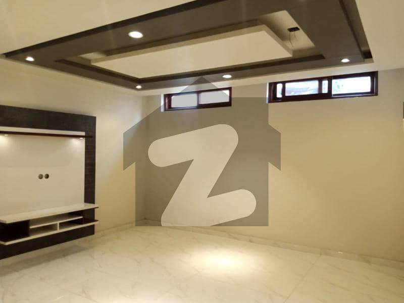 ڈی ایچ اے فیز 7 ایکسٹینشن ڈی ایچ اے ڈیفینس کراچی میں 4 کمروں کا 4 مرلہ مکان 1.3 لاکھ میں کرایہ پر دستیاب ہے۔
