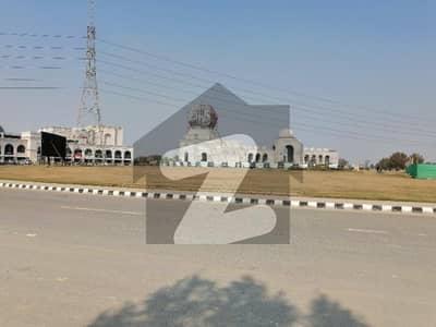 لیک سٹی۔ سیکٹر ایم 7 ۔ بلاک سی 2 لیک سٹی ۔ سیکٹرایم ۔ 7 لیک سٹی رائیونڈ روڈ لاہور میں 5 مرلہ رہائشی پلاٹ 60 لاکھ میں برائے فروخت۔
