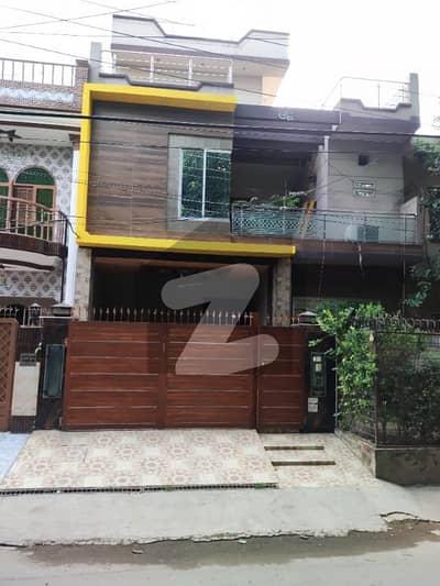 سبزہ زار سکیم ۔ بلاک ڈی سبزہ زار سکیم لاہور میں 6 کمروں کا 10 مرلہ مکان 3.5 کروڑ میں برائے فروخت۔