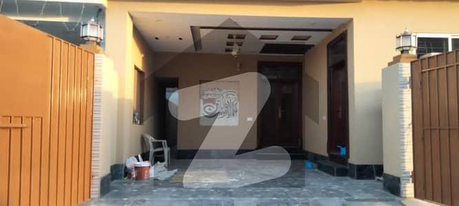 10 Marla Beautiful Dream House For Sale