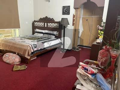 حیات آباد فیز 1 - ڈی2 حیات آباد فیز 1 حیات آباد پشاور میں 9 کمروں کا 10 مرلہ مکان 5.5 کروڑ میں برائے فروخت۔