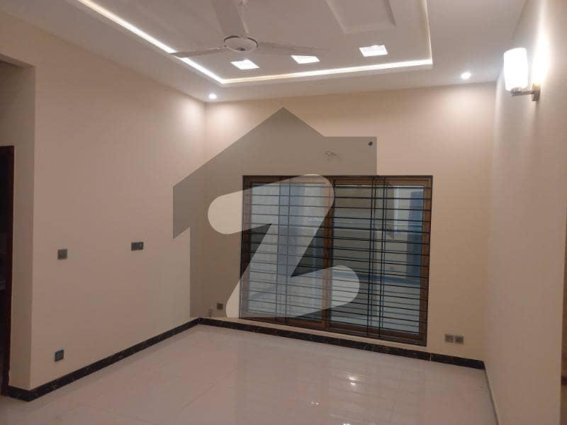 ای ۔ 11/1 ای ۔ 11 اسلام آباد میں 2 کمروں کا 8 مرلہ فلیٹ 1.7 کروڑ میں برائے فروخت۔