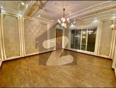 1 Kanal Luxury House For Sale In Dha Phase 6 On Top Location