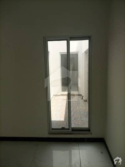 اسٹیٹ لائف ہاؤسنگ سوسائٹی لاہور میں 3 کمروں کا 5 مرلہ مکان 50 ہزار میں کرایہ پر دستیاب ہے۔